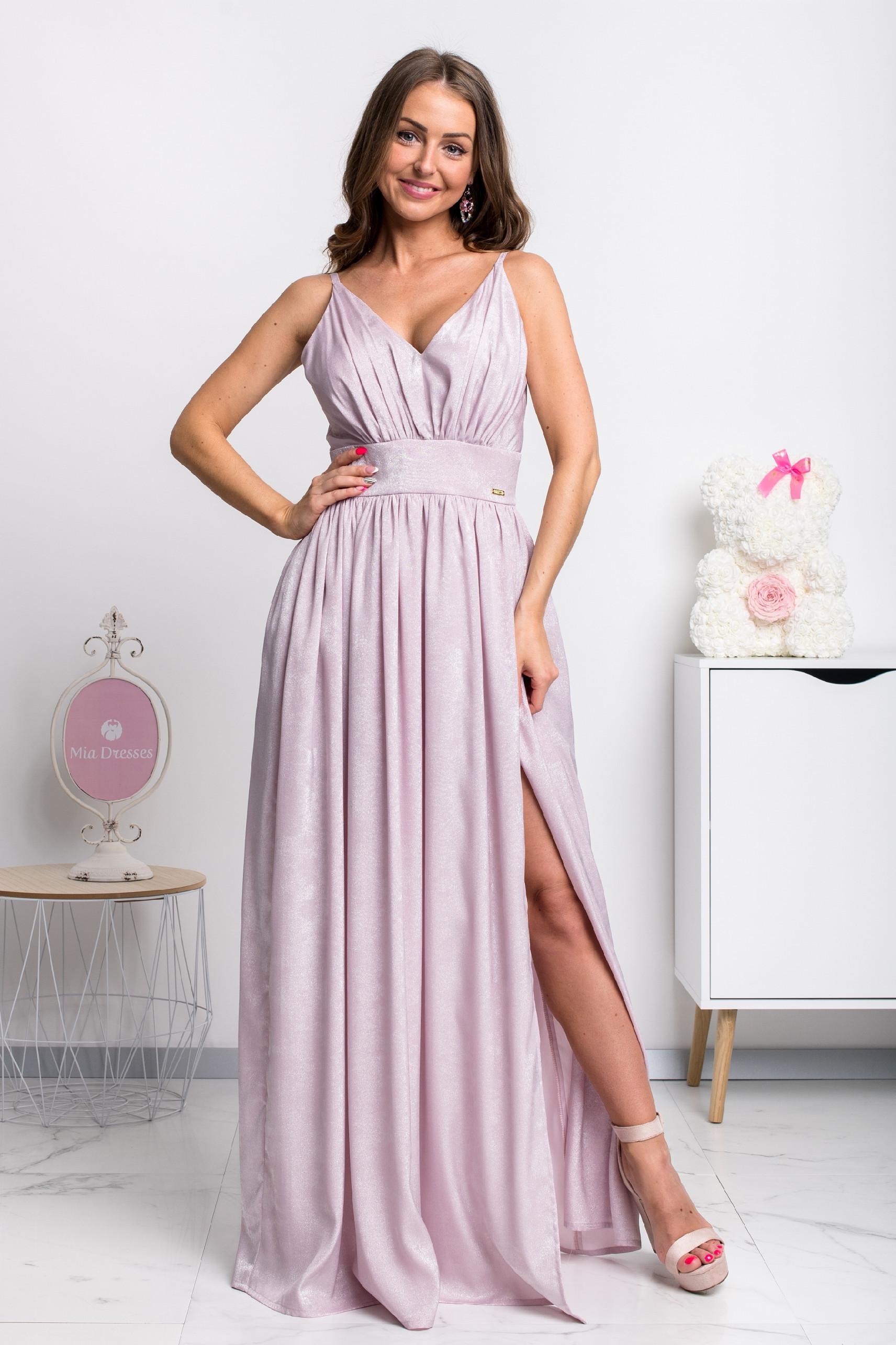 Fialové lesklé spoločenské šaty Veľkosť: M
