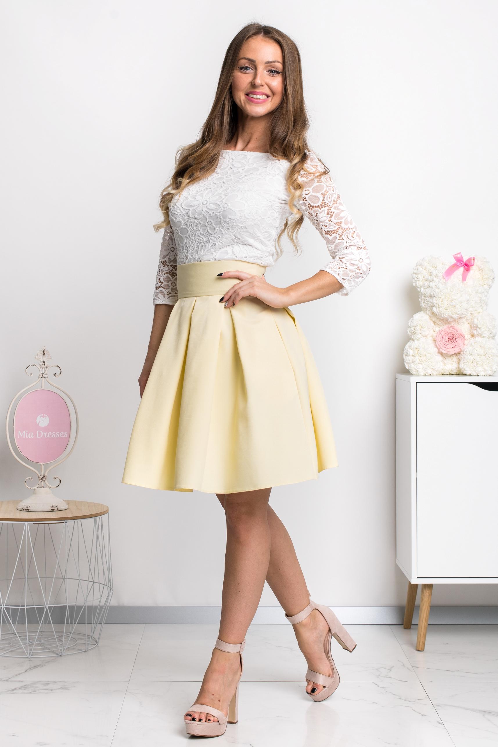 Žltá áčková mini sukňa Veľkosť: XS