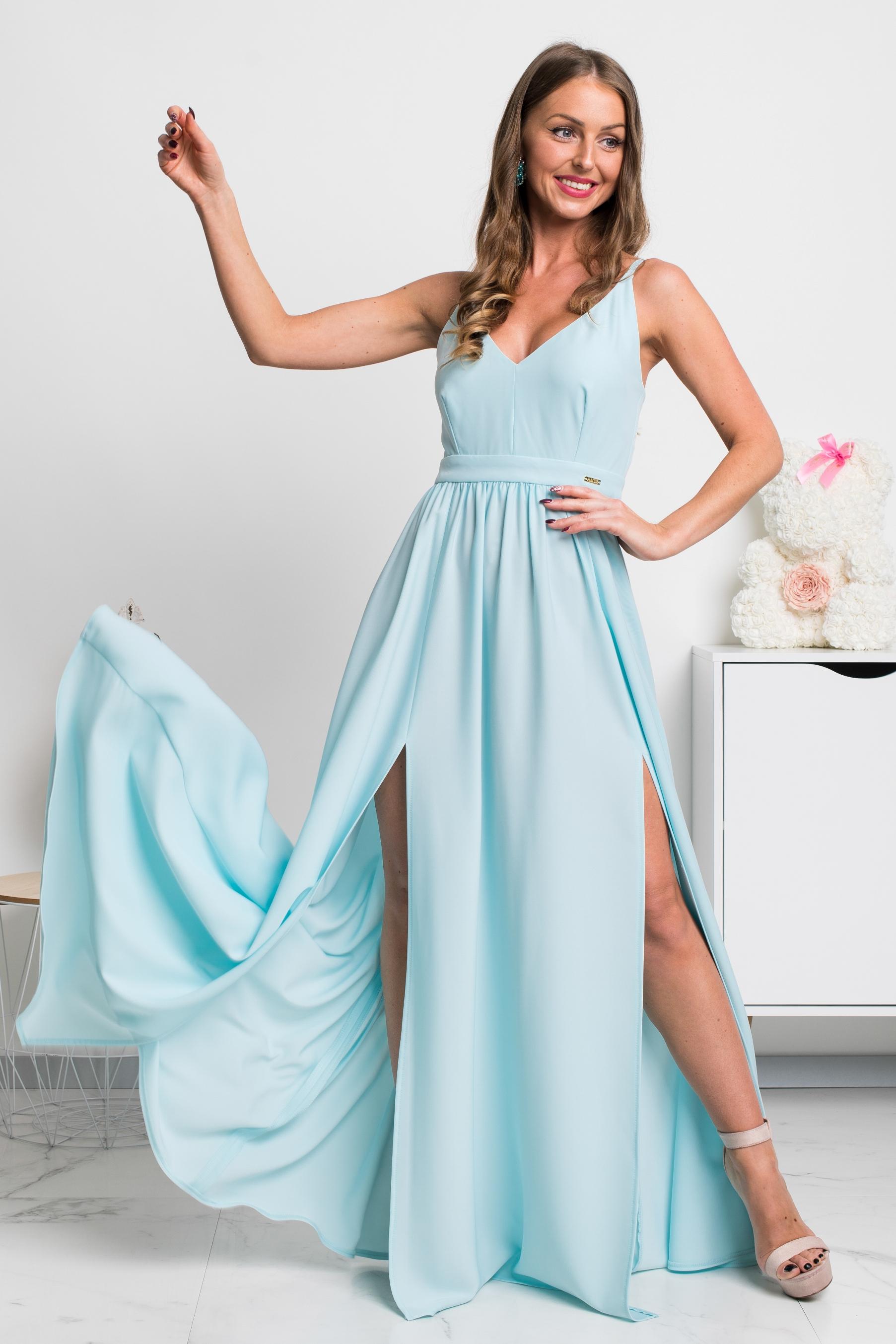 Svetlomodré dlhé spoločenské šaty s rozparkami Veľkosť: XS