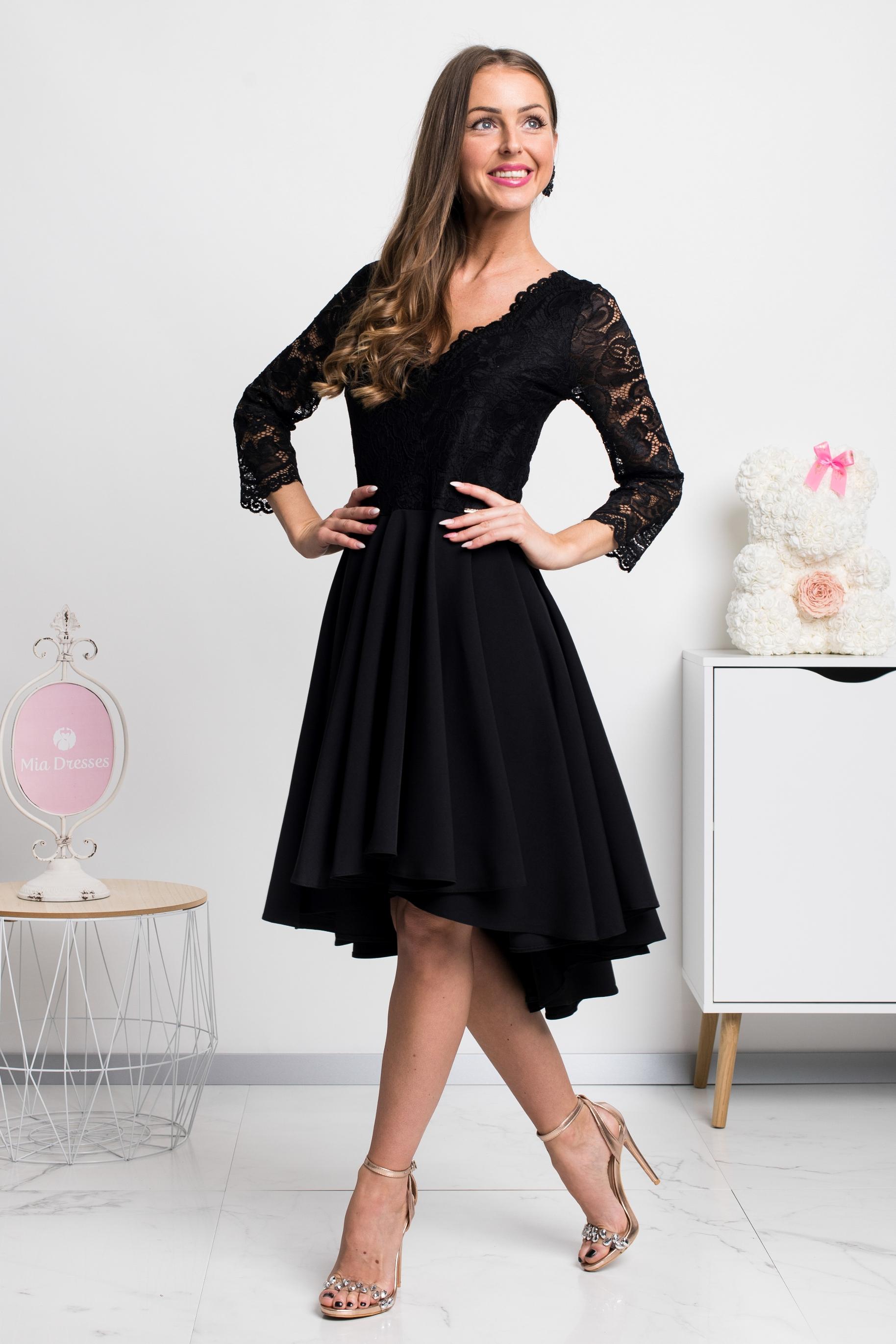 Čierne asymetrické šaty s čipkou Veľkosť: L