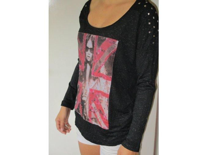 Černé tričko s obrázkem Cache Cache