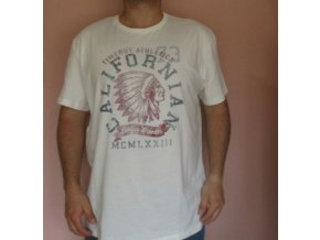 Bílé tričko TimeOut