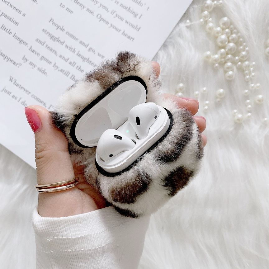 plysovy-leopard-obal-na-airpods-1-2-img2