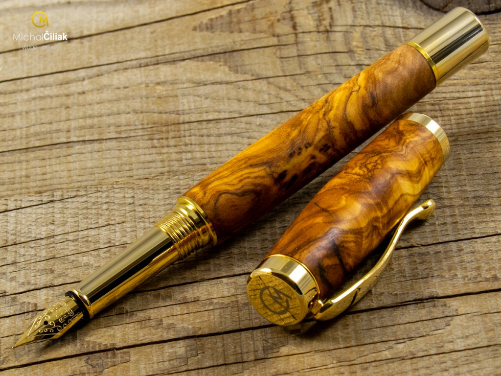 darek pro muze darkove pero s gravirovanim plnici kulickove drevene 1 1734