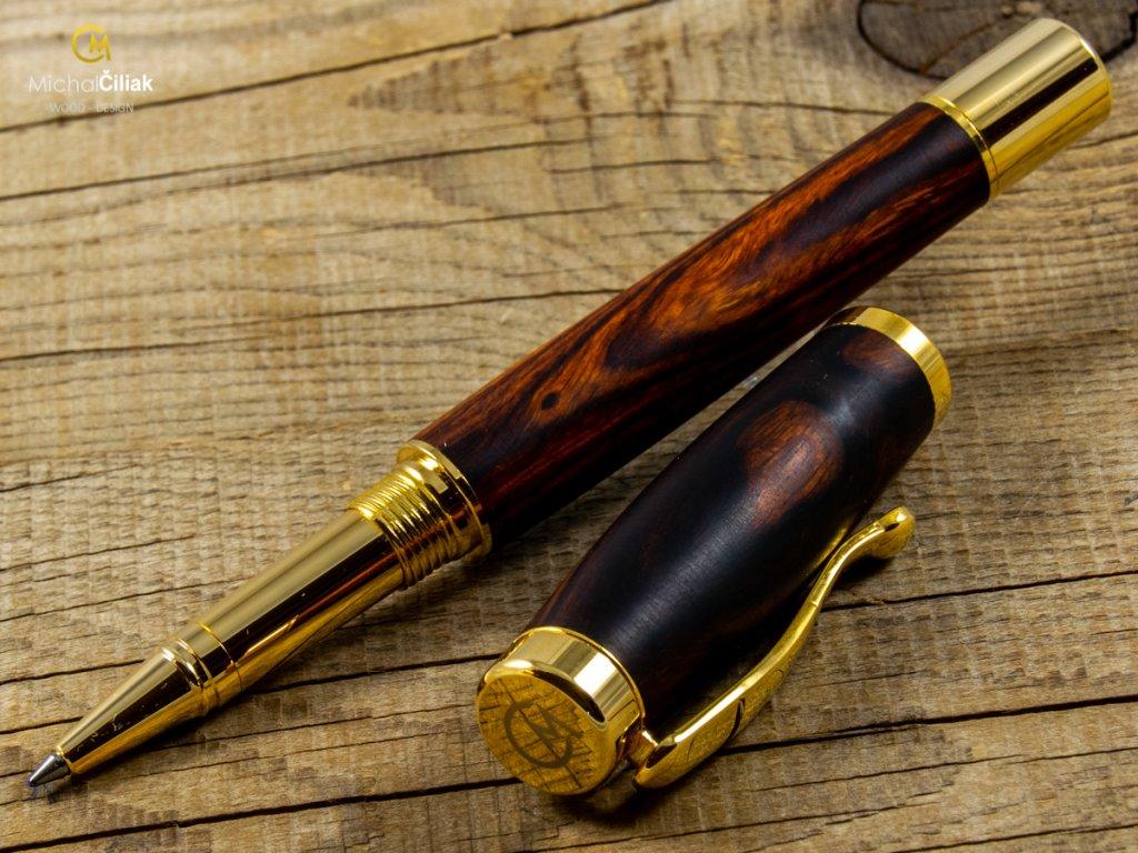 darek pro muze darkove pero s gravirovanim plnici kulickove drevene 1 1793