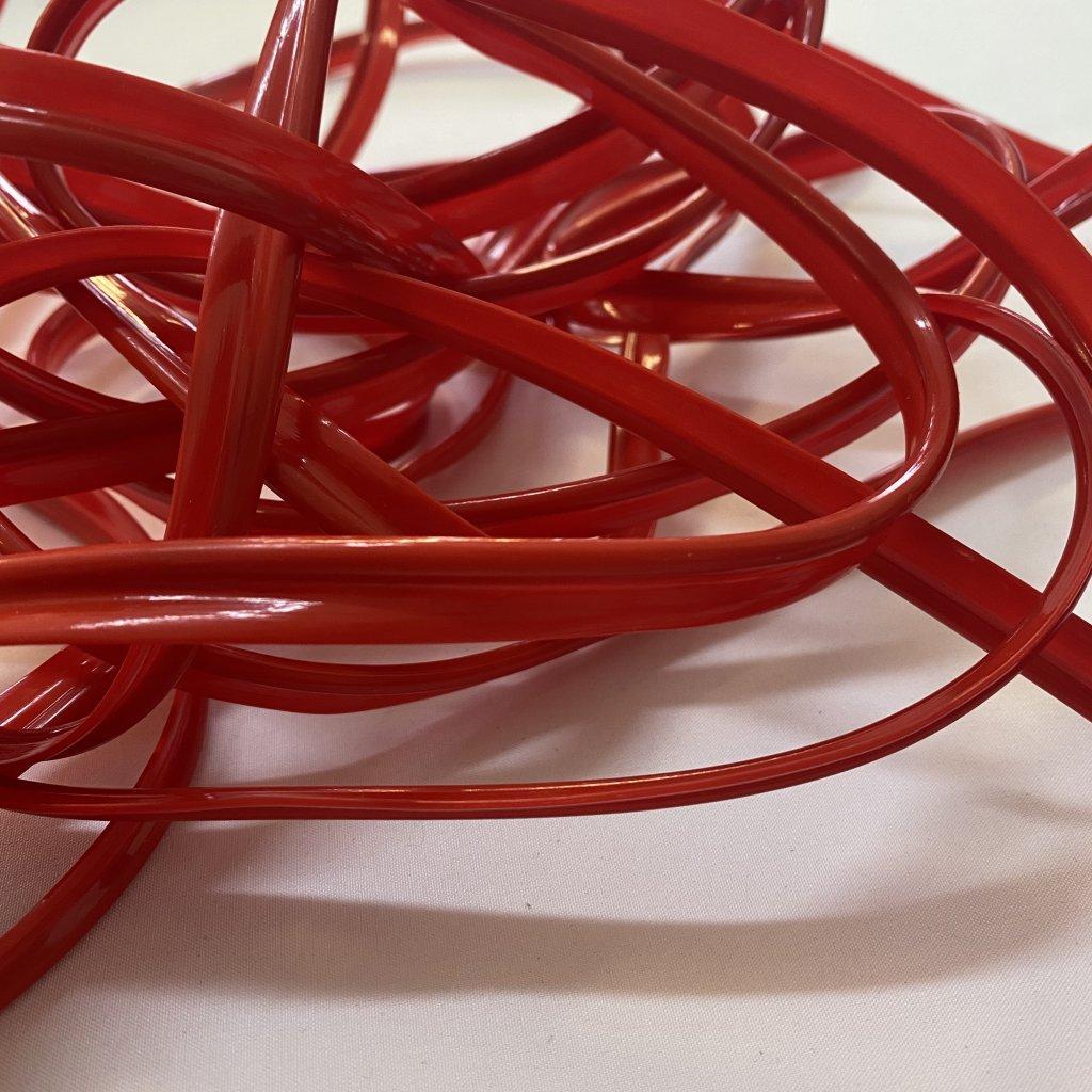 300102 kedr paspule plastová červená (2)