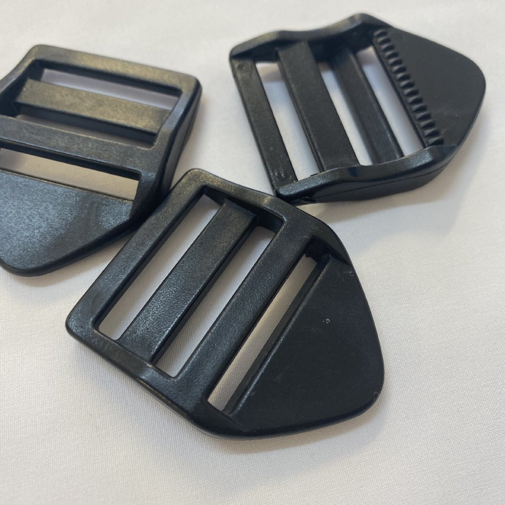 500320 spone žebříček 3cm černá (2)