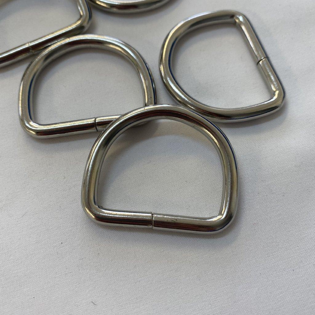500600 polokroužek kovový 3cm (2)