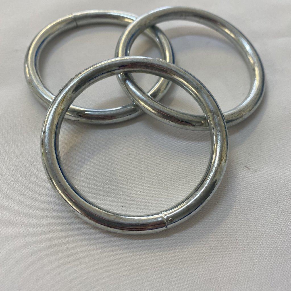 500608 kroužek kovový 5cm (2)