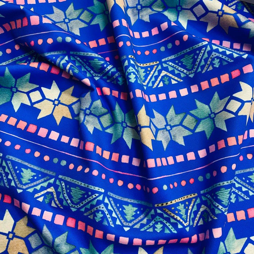 norský vzor na středně modré 734001 4