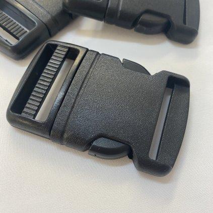 500404 trojzubec černý 4cm (2)