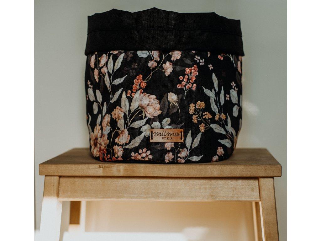 Taška černé květy