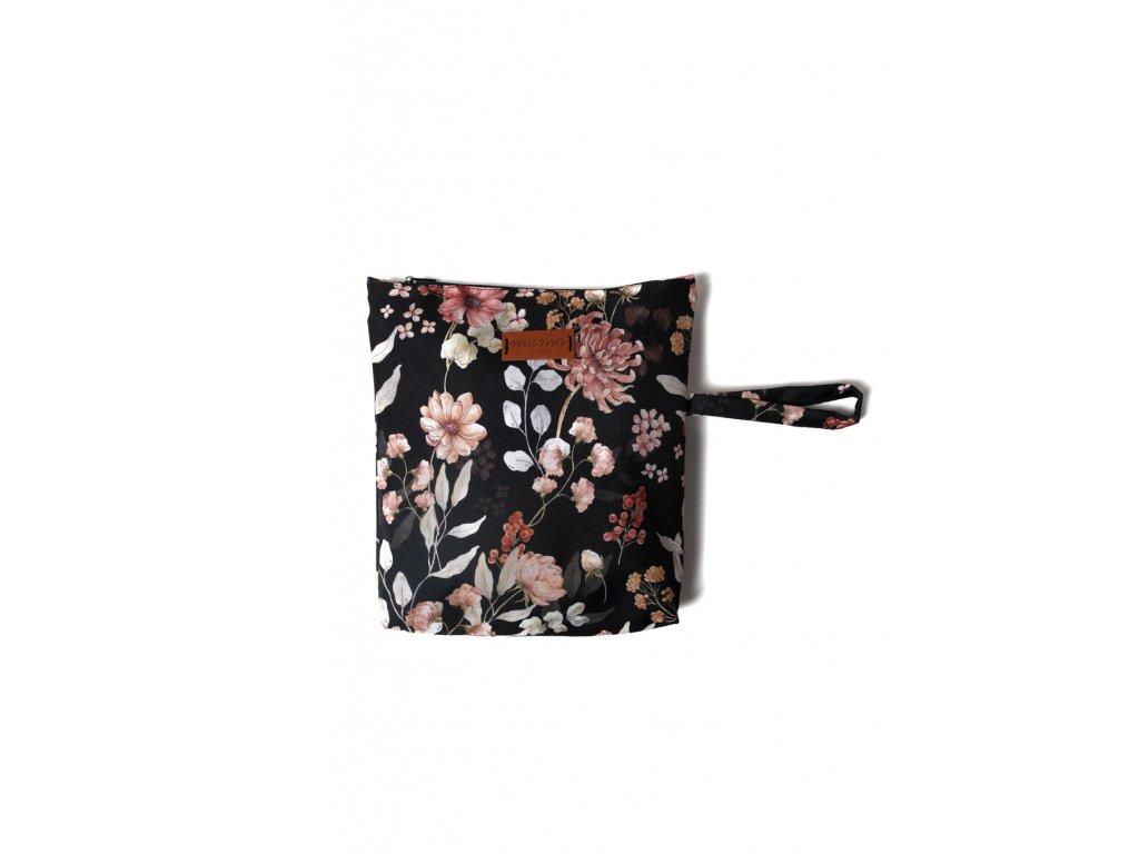 Pytlík na oblečení černé květy