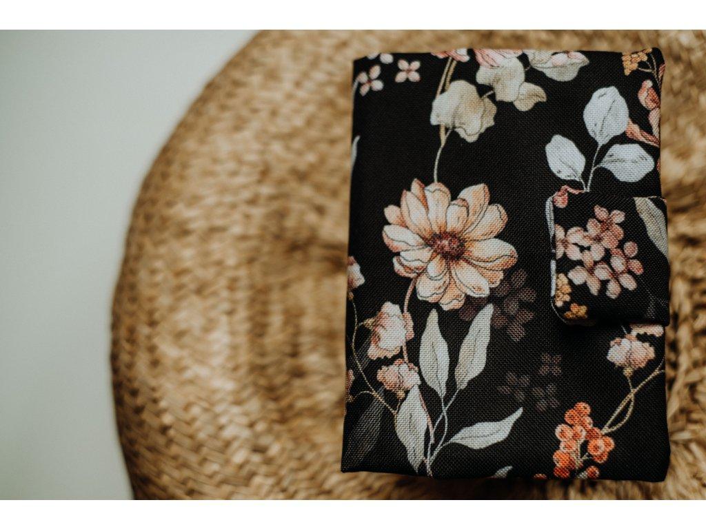 Obal černé květy