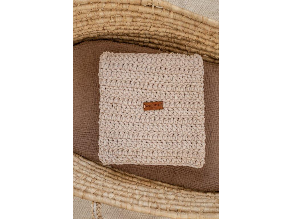 Háčkovaná deka - krémová