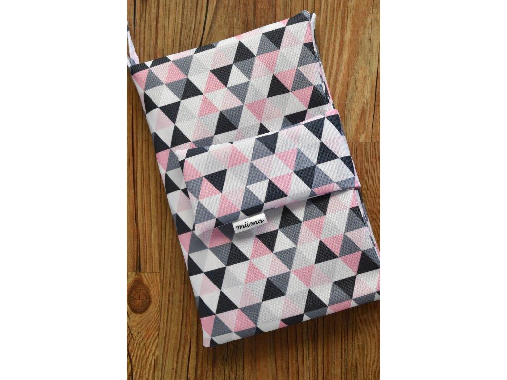 Plenkovník růžové trojúhelníky