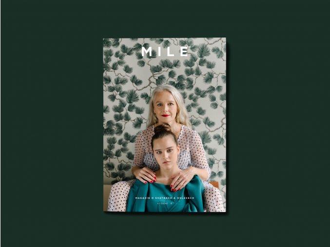 A5 Magazine MockUp