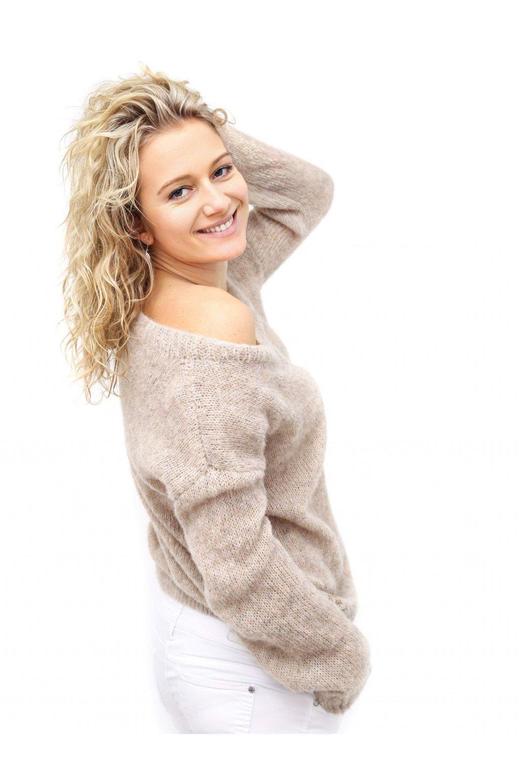 Pletený svetr béžový vlna alpaca