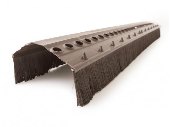 Větrací pásy hřebene
