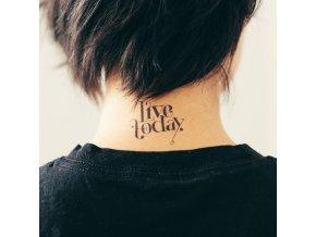 Tetovačka Tattly Typografie Live Today