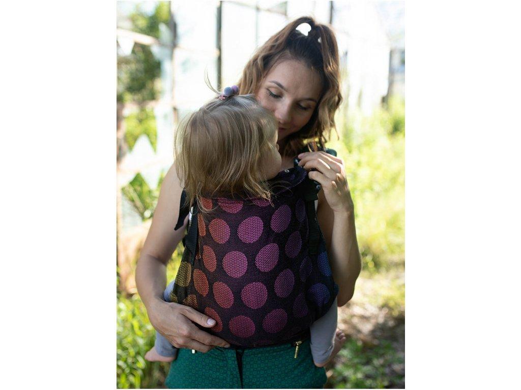 Kinder Hop Rostoucí ergonomické nosítko Multi Grow Dots Rainbow 100% bavlna, žakár