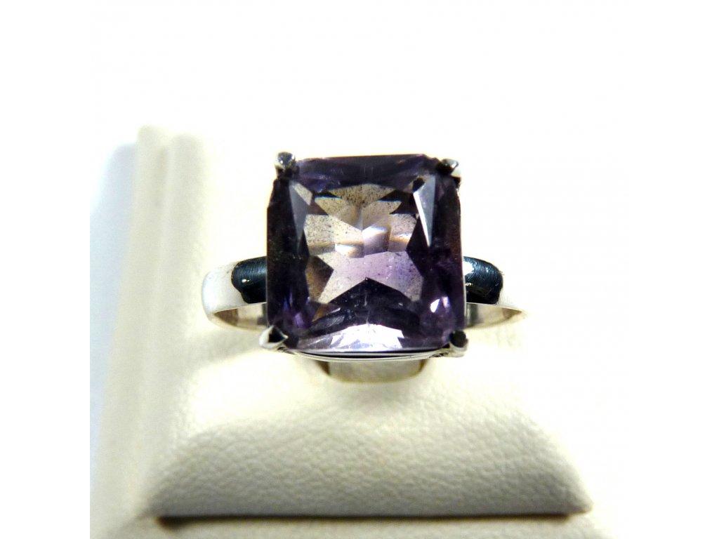 Ametyst prsten