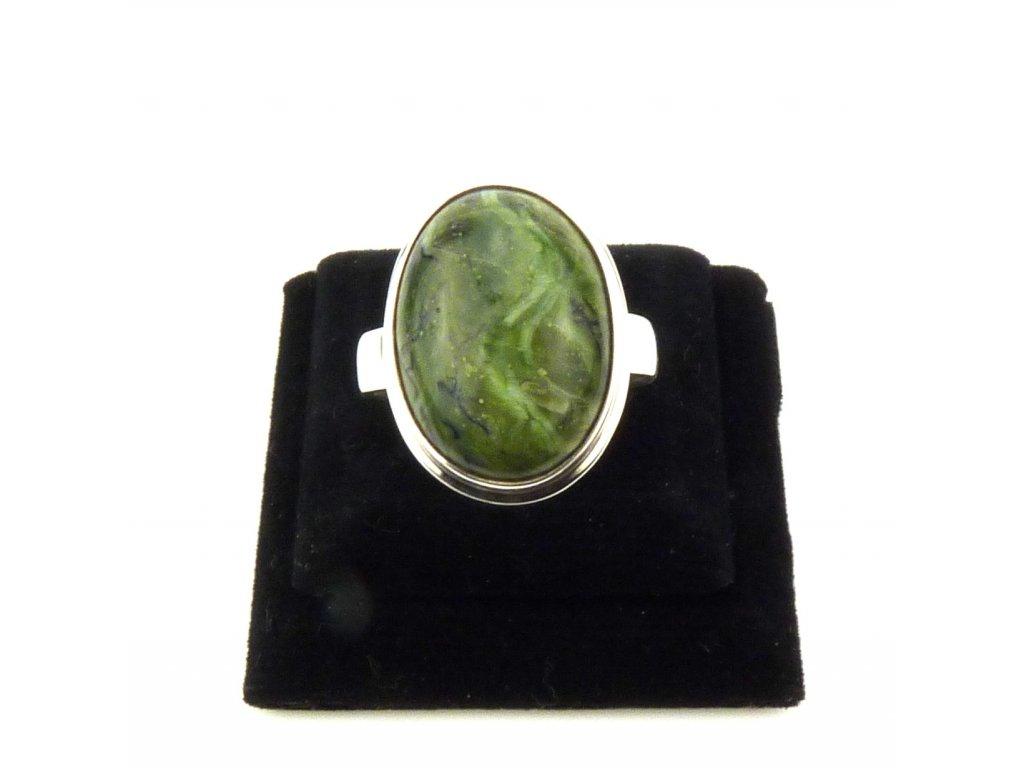 Jaspis zelený prsten