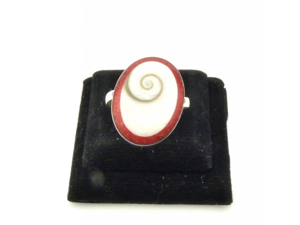 Mušle prsten