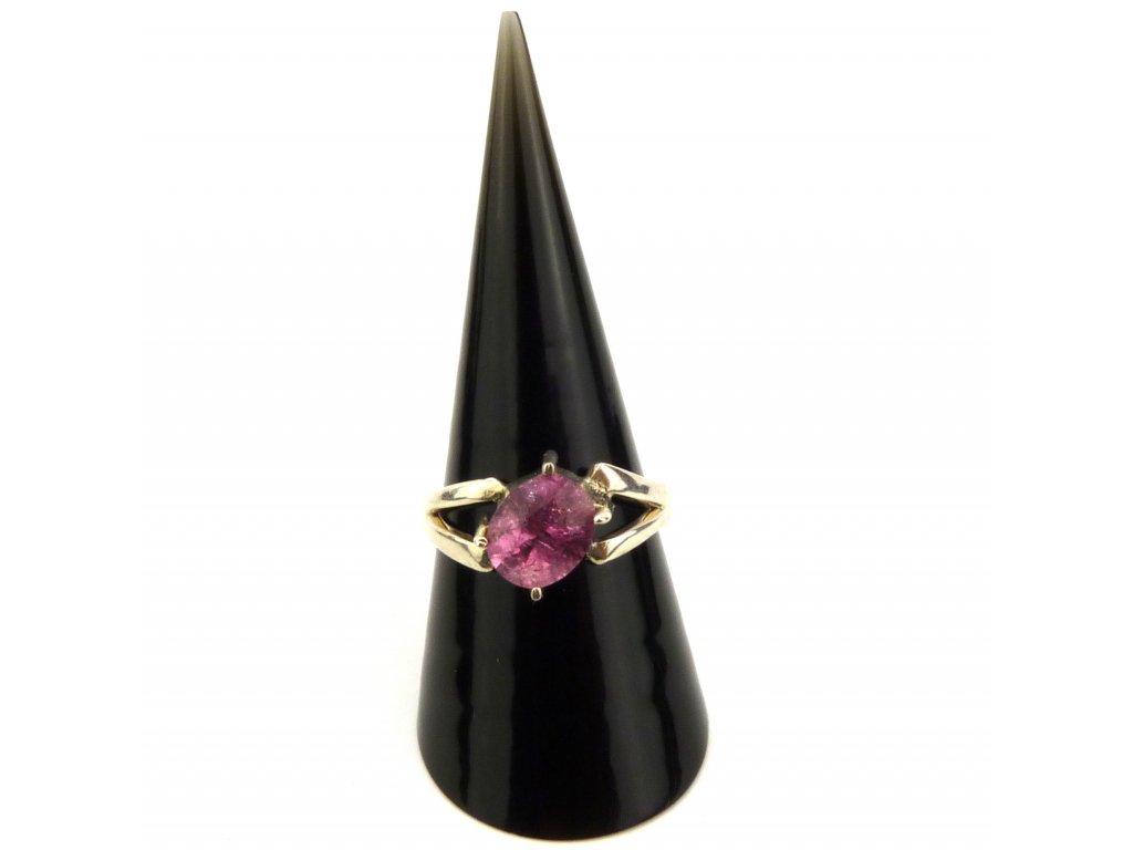 Turmalín prsten