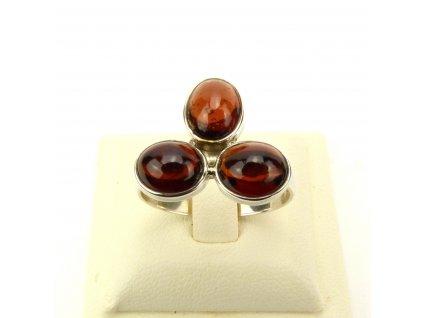Granát prsten