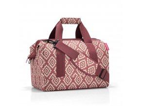 cestovní taška ve tvaru doktorského kufříku.