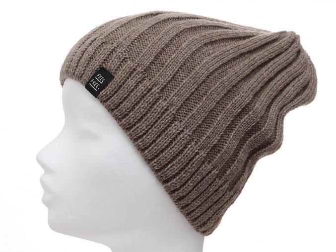 Zimní pletená čepice ve tvaru beanie s žebrovou strukturou, s příměsí vlny. Podšívka ve tvaru silné čelenky je z velmi jemné 100% bavlny, takže čepice zahřeje a nebude kousat.