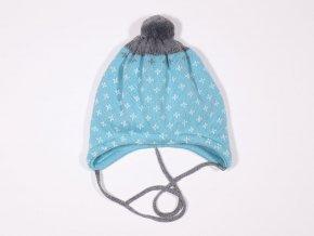 Pletená zimní čepice s bambulkou pro chlapečka světle modrá artic šedá bílý křížek německá kvalita