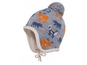 Dětská zimní čepice ušanka, jemně pletená s obrázky severských zvířat, a s příjemnou fleecovou podšívkou. Delší strany přes uši se zavazováním na šňůrku.