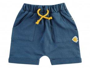 Modré šortky pro chlapečka s 3D výšivkou rybičky a dvě kapsy.