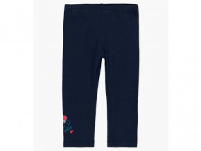 Dívčí strečové kalhoty či legíny v rovném střihu v tmavomodré barvě (námořní modrá navy). Decentní ozdoba spodní nohavice květem a nápisem značky. Budou se výborně hodit k barevnému topu či šatům.