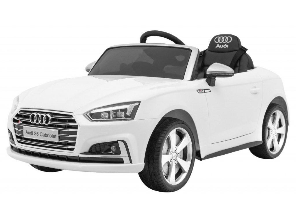 Elektrické autíčko Audi S5 kabriolet bílý
