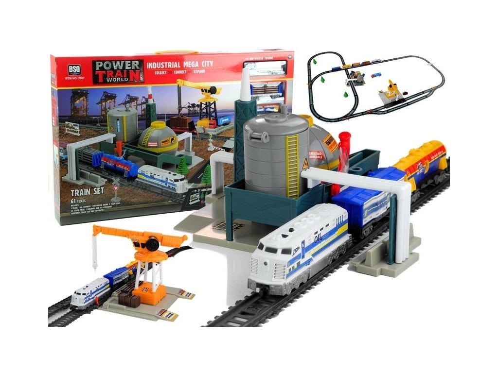 Železniční sada vláčkodráha s továrnou