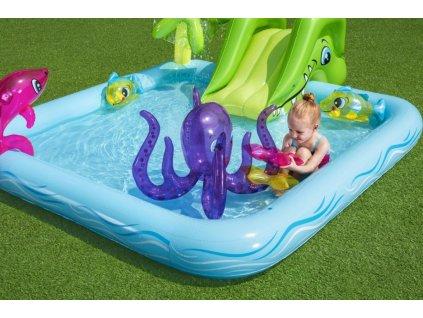 Dětský nafukovací bazének hrací centrum