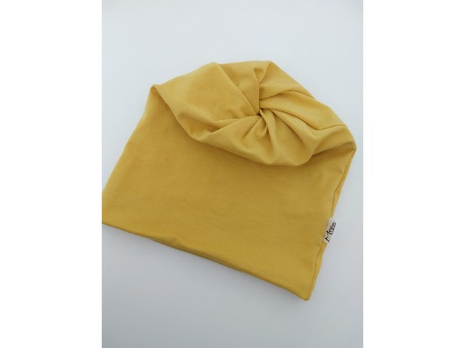 čepice s dírou- barva hořčice