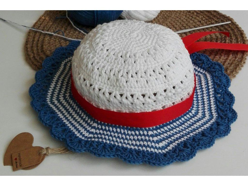 námořnický klobouk 39,