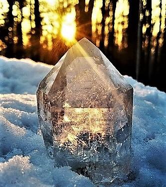 Krystaly Generátory a Učitelé