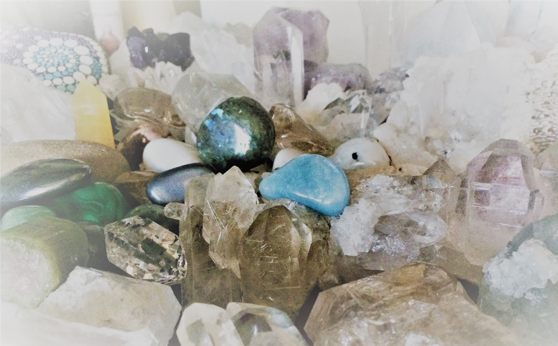 prodej přírodních pravých krystalů, kamenů a minerálů
