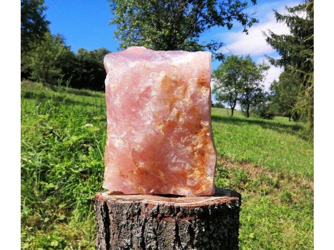 Růženín 9,3kg - přírodní surový kámen / Malawi