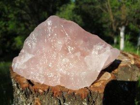 Růženín - přírodní  surový kámen / Malawi