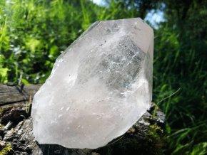 Křišťál - přírodní surový krystal křišťálu / Brazílie