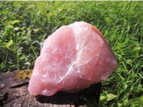 Růženín 1,99kg - přírodní surový kámen / Malawi