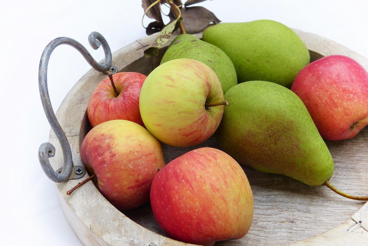 jablka, hrušky, potraviny zdravé