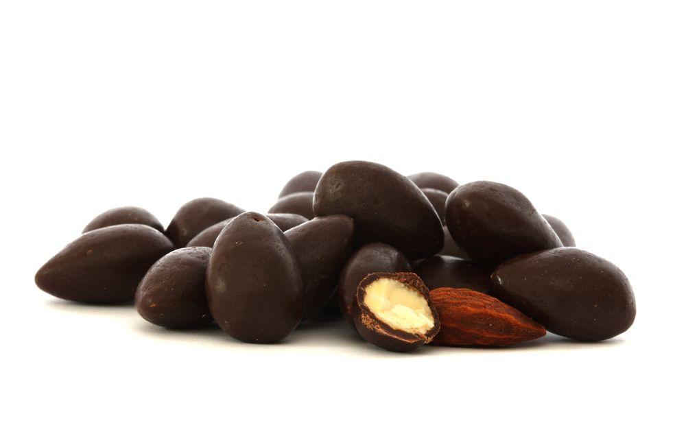 IBK Mandle v 53% hořké čokoládě 500 g
