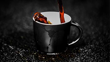 Kafe základ dne